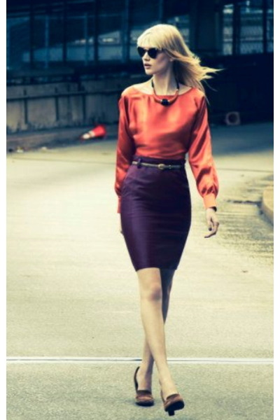 deep purple skirt - brown shoes - coral top