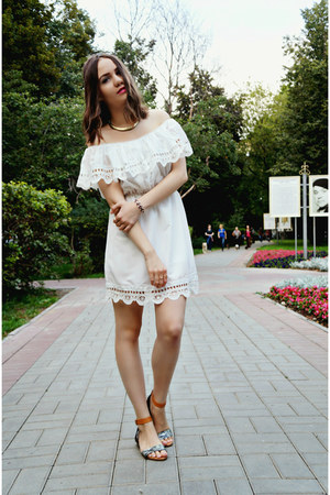 beige Centro necklace - white ZNU dress - light brown H&M sandals