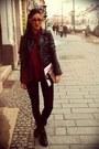 Black-strech-bershka-leggings-gray-clutch-vintage-bag