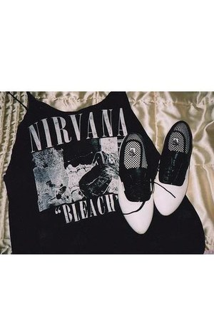 black nirvana H&M shirt - black brogues Vans shoes