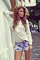 eggshell raus shirt - navy raus shorts