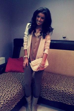 light brown Stradivarius leggings - ivory Zara blazer - tan Bershka shirt