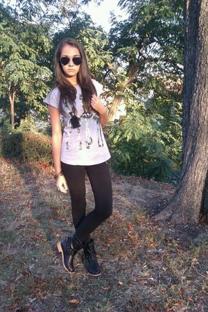 black boots - black Bershka leggings - Ray Ban sunglasses - silver t-shirt