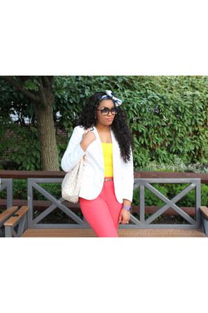 white Nordstrom blazer - black Chloe sunglasses - salmon Nordstrom pants - yello