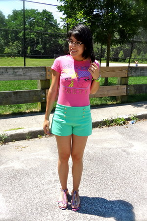 aquamarine mint Zara shorts - bubble gum Regular Show t-shirt