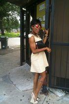 beige dress - Bebe shoes - black Gucci purse