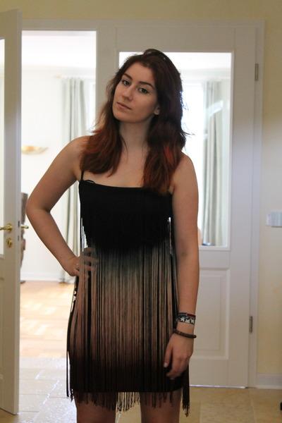 408687fb6fe black fringe Zara dress - black Primark heels