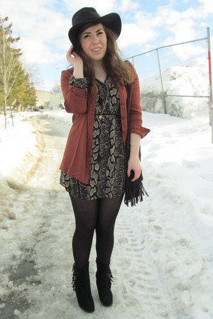 dark brown dress - burnt orange Sirens blouse