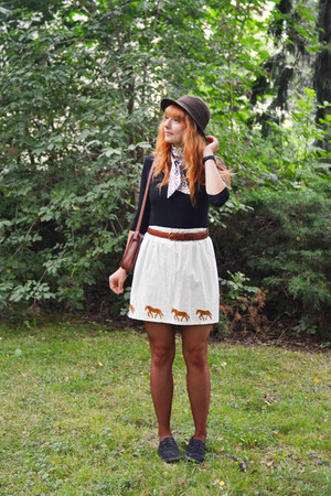 handmade skirt - vintage hat