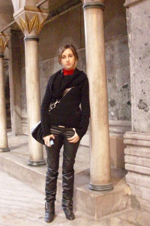 Miss Sixty sweater - Zara pants - pull&bear shoes