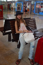 Claires hat - Bershka jeans - top - Trucco purse - in st tropez shoes - Samsonit