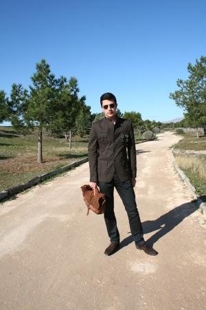 Zara accessories - Zara jacket - Zara shoes - Sfera jeans - Ray Ban sunglasses