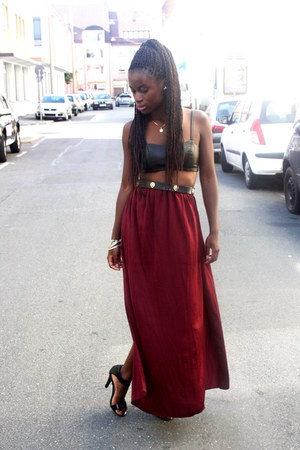 Urban Outfitters bra - Urban Outfitters belt - Zara skirt - Zara sandals