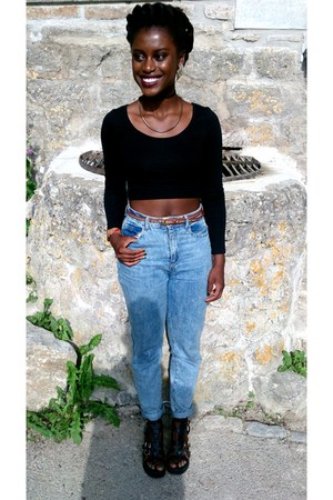 Bershka jeans - H&M top - Deichmann sandals - Primark belt