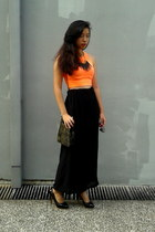 orange cropped H&M top