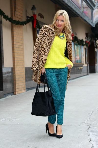H&M coat - Old Navy sweater - DKNY bag - H&M pants - Zara heels