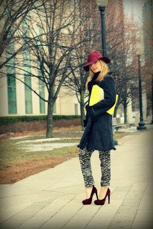 H&M hat - Gap purse - H&M heels - Costa Blanca pants