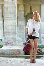 H&M shorts - Guess bag - Costa Blanca blouse - Aldo heels