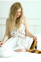 white vintage dress - mustard platforms Urban Outfitters heels