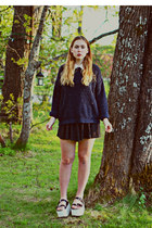 navy knitted Topshop sweater - white flatforms &Other stories sandals