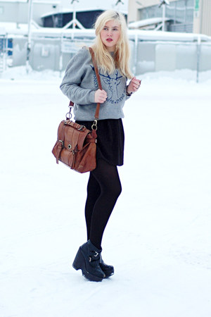 dark brown leather second hand bag - black busted Jeffrey Campbell shoes