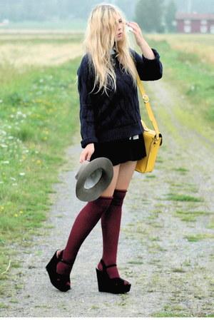 navy knitted Vila sweater - yellow satchel romwe bag