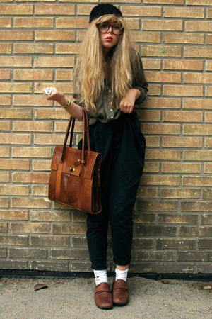 green GINA TRICOT shirt - black GINA TRICOT pants - brown second hand shoes - bl