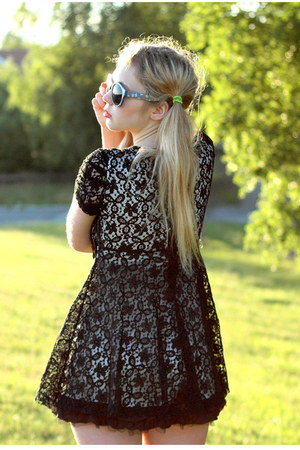 black lace romwe dress