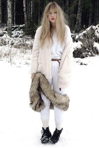 white furry Bik Bok cardigan - brown faux fur vintage scarf