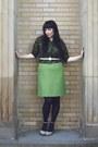 Vintage-sweater-vintage-skirt-uo-shoes-hue-tights