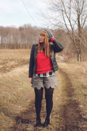 heather gray crochet thrifted hat - black leather thrifted jacket - red varsity