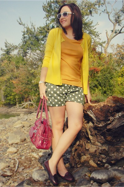 olive green OASAP shorts - maroon Macys purse - white thrifted sunglasses
