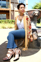 cream vintage cardigan - navy straight Gap jeans - beige satin Love Moschino bag