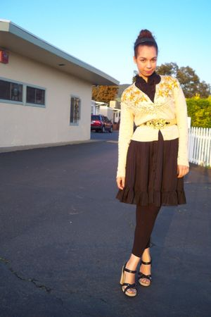 gold Victorias Secret sweater - black Forever21 dress - black miu m shoes