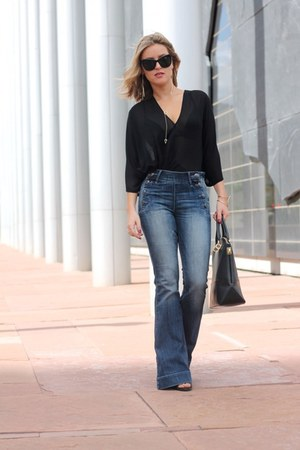 blue denim Express jeans - Zac Posen bag - black Elizabeth and James glasses