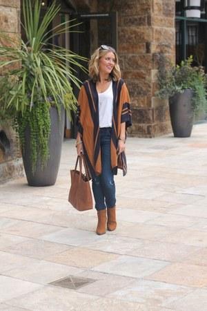 tawny H&M cardigan - navy denim BLANKNYC jeans - tawny H&M bag