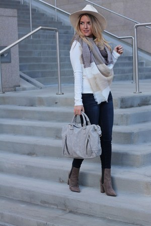 tan wool Nordstrom scarf - light brown suede Guess boots
