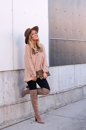 neutral cotton Chicwish sweater - tan suede franco sarto boots