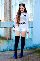 black pom pom Candy Flower hair accessory - navy velvet Public desire boots