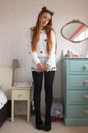 white fluffy Lovely wholesale sweater - white lace Lovely wholesale shorts