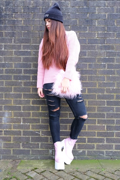 bubble gum roll neck Yoyomelody sweater - bubble gum platform Dolls Kill boots