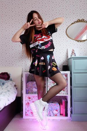 black printed Moooh skirt - black printed Moooh top