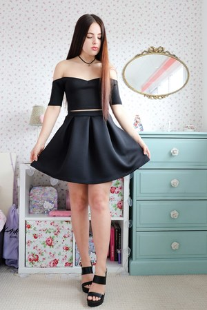 black crop Boohoo top - black mini Boohoo skirt - black strappy Matalan heels