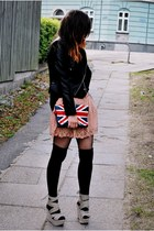 faux leather OASAP jacket - faux leather OASAP bag - Solilor shorts
