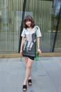 Green-dkny-bag-black-emoda-shorts-emoda-t-shirt