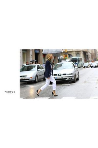 white white pants - navy blue blazer - black high heels heels