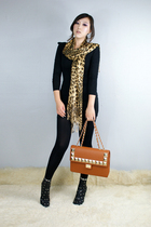 brown style2bb3 scarf - black eyelet boot style2bb3 shoes