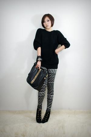 black 2BB3 top - black 2BB3 leggings - black 2BB3 purse - black 2BB3 shoes - bla
