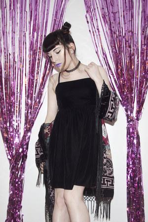 black flatform boots la moda boots - black charity shop dress