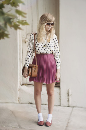 pink Love skirt - heart-print romwe shirt - vintage Shoppalu pumps